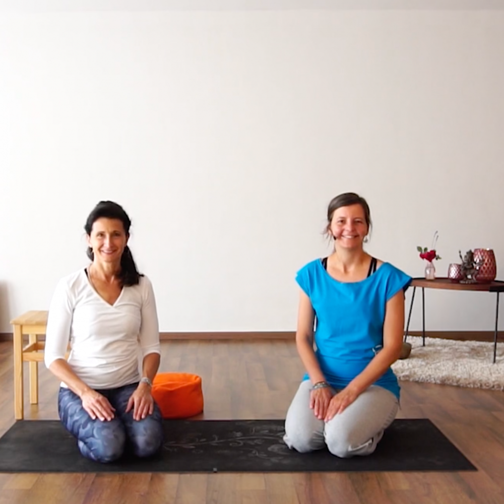 Online Yoga Sitzvariationen