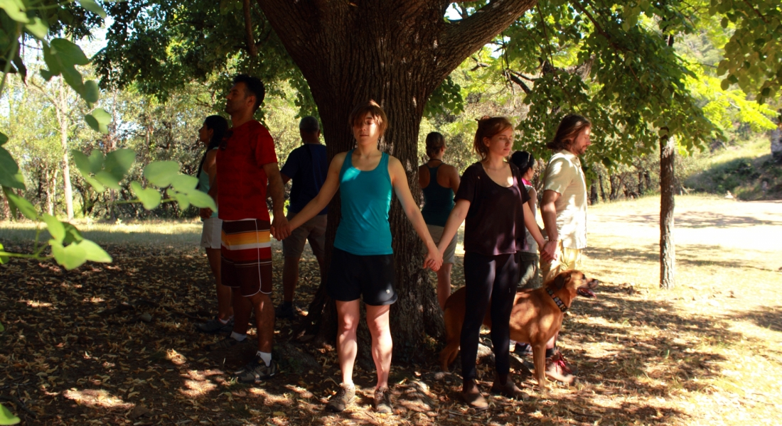 Yoga outdoor – why practising yoga in nature? Here are some of its great benefits…